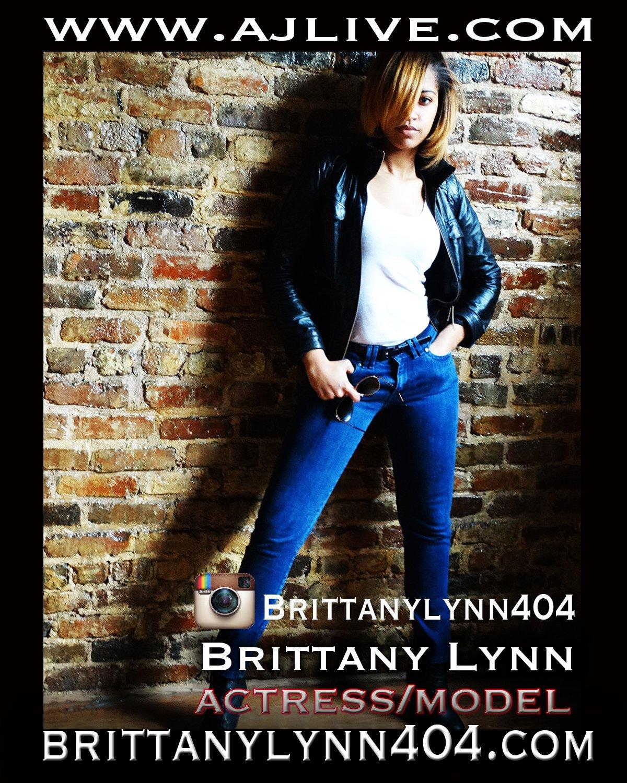 BRITTANY LYNN MODEL/SINGER