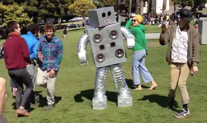 Dolores Park, Robot Dance Party