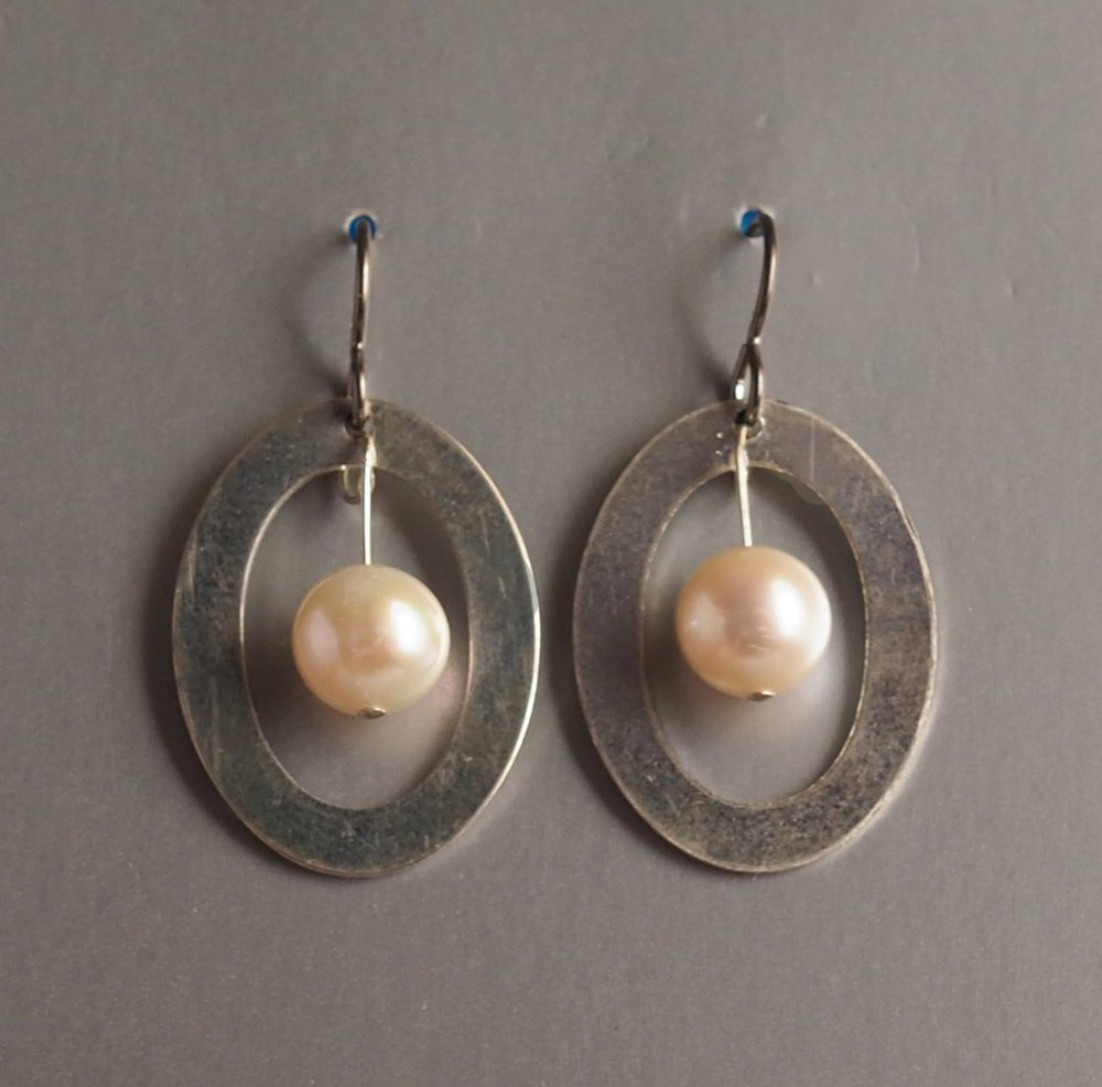 silver ovals with pearls