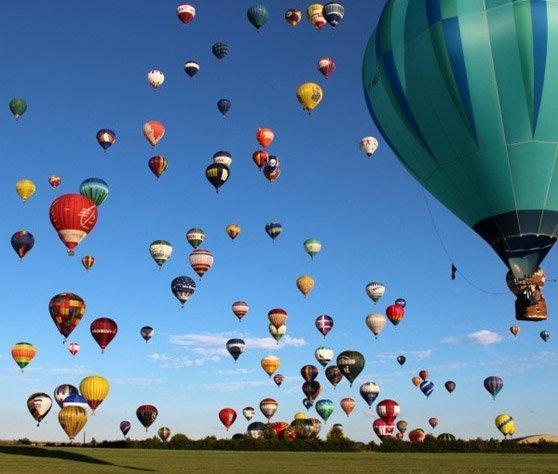 Organizzazione di festival e raduni di mongolfiere