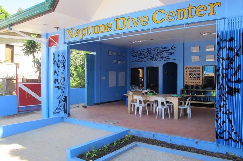 Neptune Dive Center