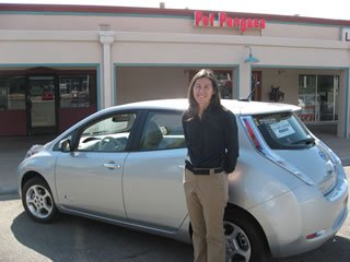 Pet Pangaea :: Earth Friendly Nissan Leaf