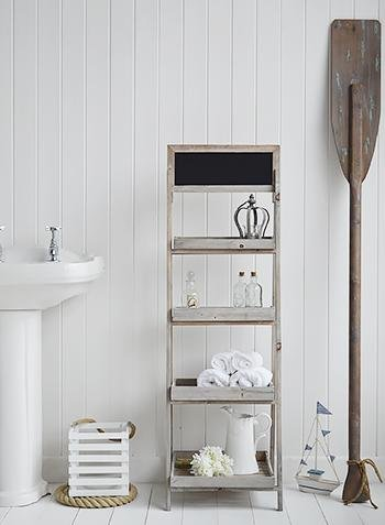 Montauk bathroom shelves