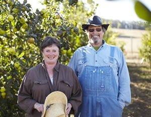 Jan & Lou - AppleGarden Farm