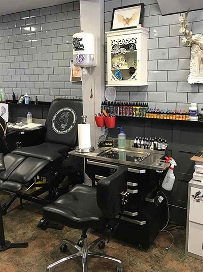 Renaissance Tattoo Studio Rickmansworth Artist Workstation