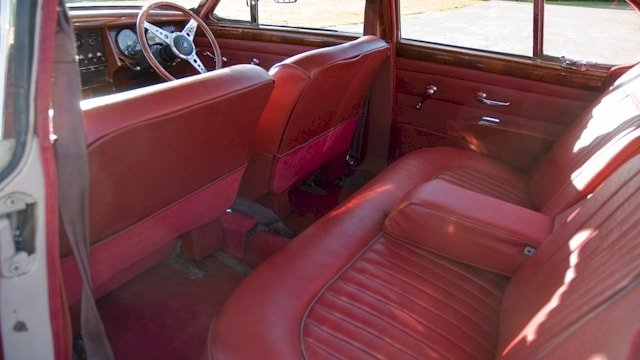 Jaguar Mk2 showing rear passenger seats